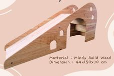 Gambar Premium playhouse Wooden playslide